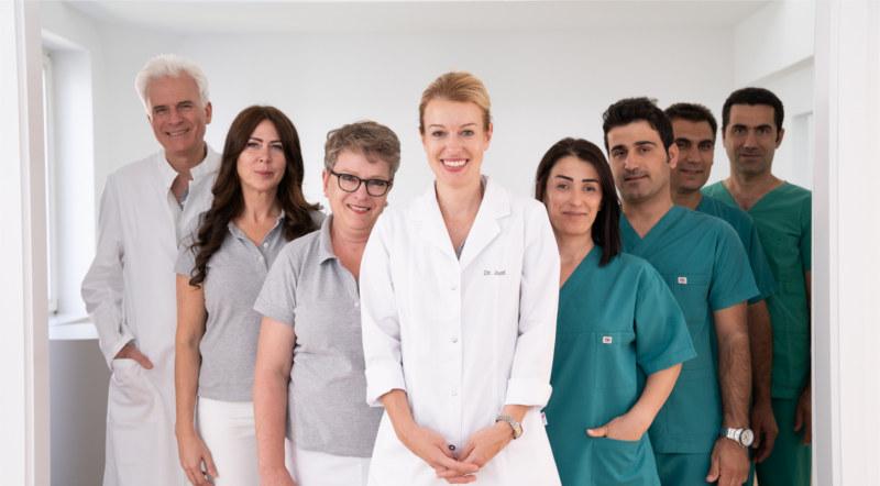Das kompetente Experten-Team der Firsthairclinic