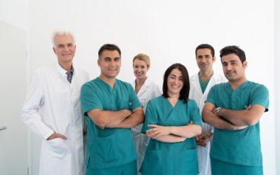 Woran erkennt man eine gute Haartransplantationsklinik