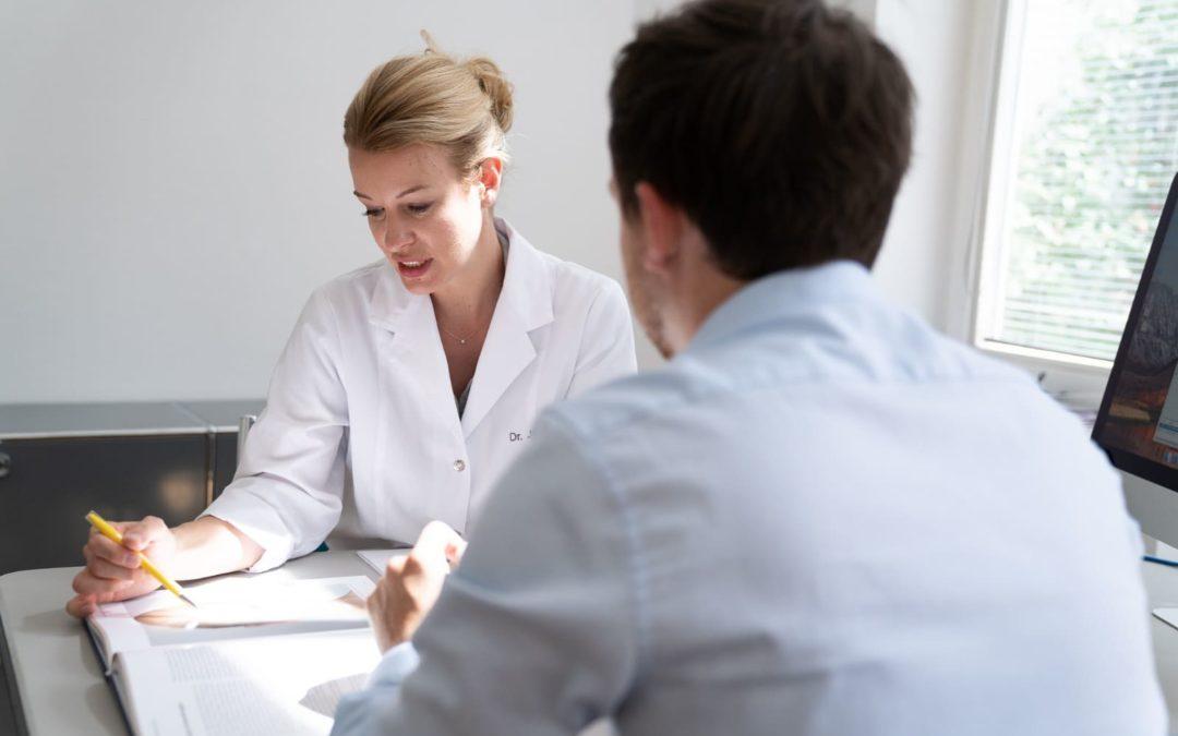Wann ist der Patient wieder gesellschaftsfähig nach einer Haartransplantation?