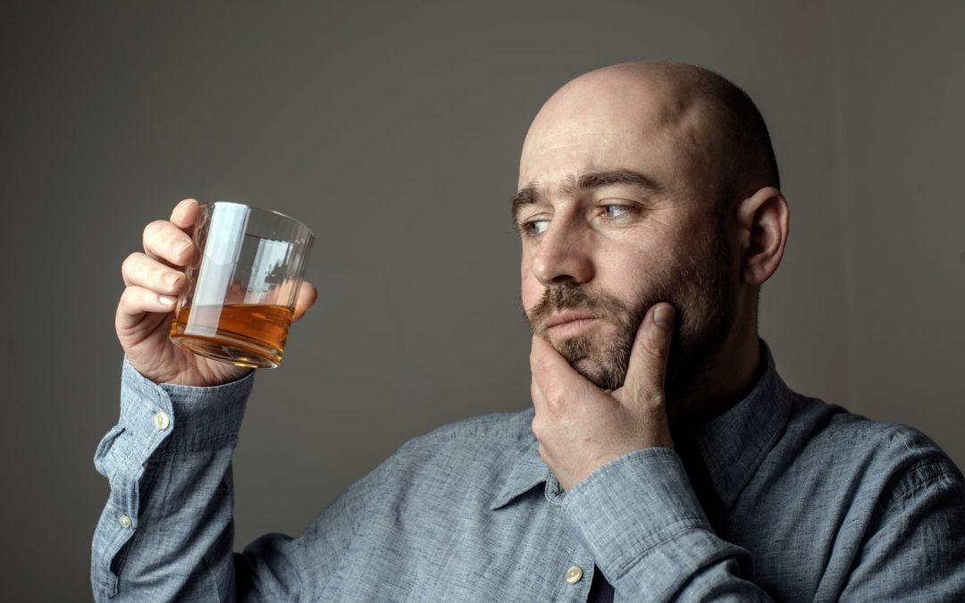 Genau deshalb ist Alkohol bei einer Haartransplantation keine gute Idee