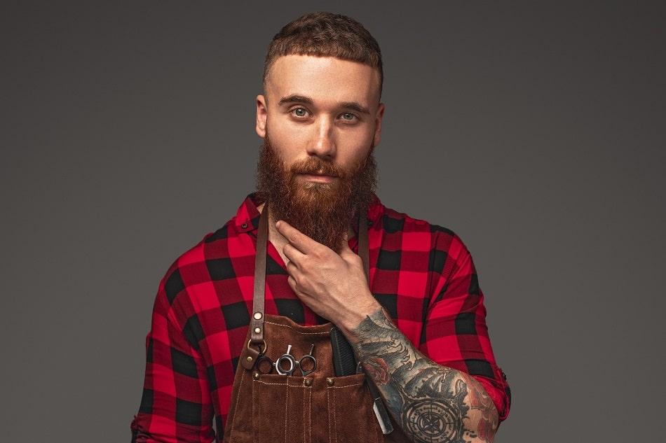 Bartmodel mit lückenlosem Bart