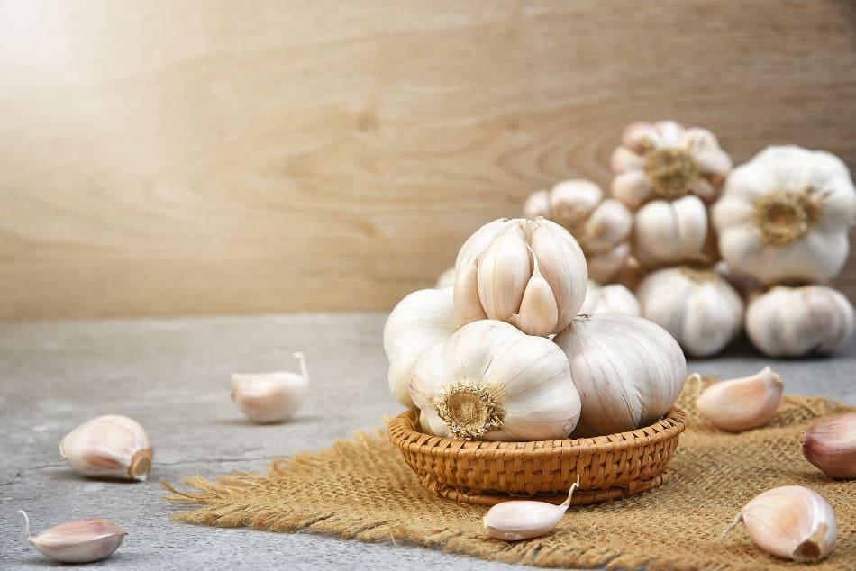 Mit Knoblauch Haarausfall entgegenwirken?