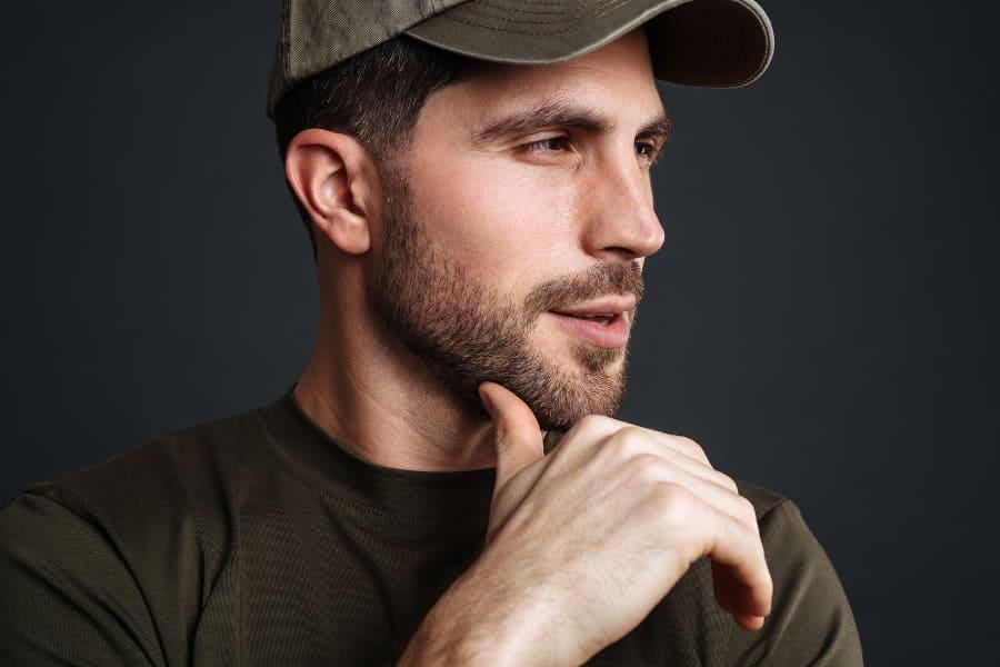 Darf man nach einer Haartransplantation eine Mütze tragen?