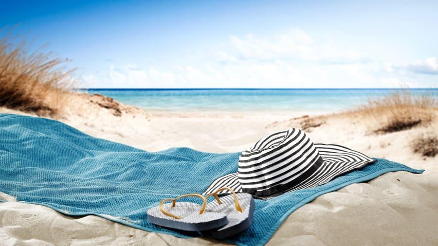 Handtuch am Strand.